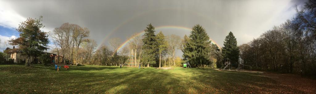 Regenbogen über dem Geiselsteinhaus